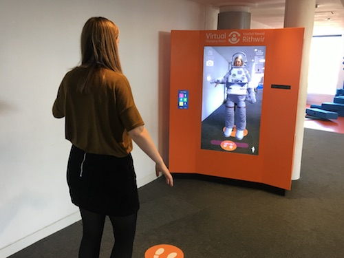 Techniquest unveils virtual reality changing room copy