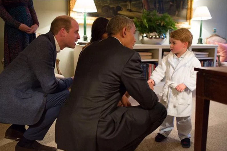 Prince George meets President Obama at Kensington Palace